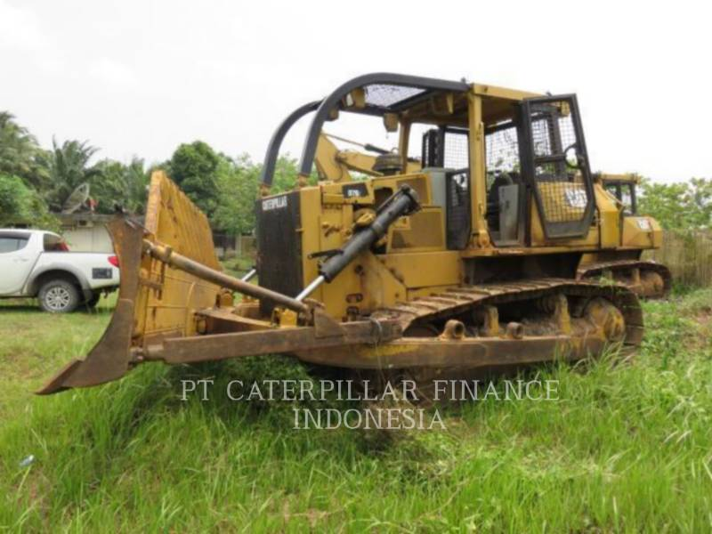 CATERPILLAR TRACK TYPE TRACTORS D7G equipment  photo 1