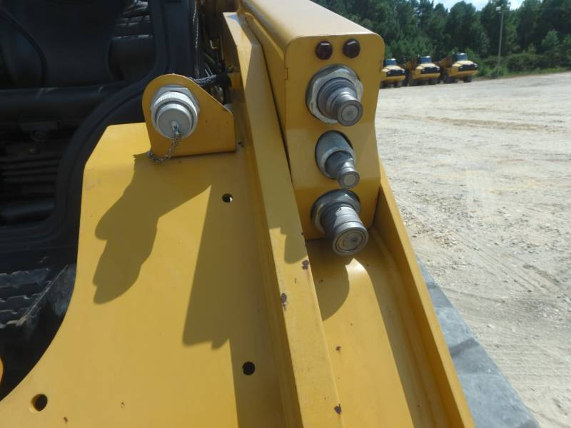 Caterpillar ÎNCĂRCĂTOARE PENTRU TEREN ACCIDENTAT 289D equipment  photo 17