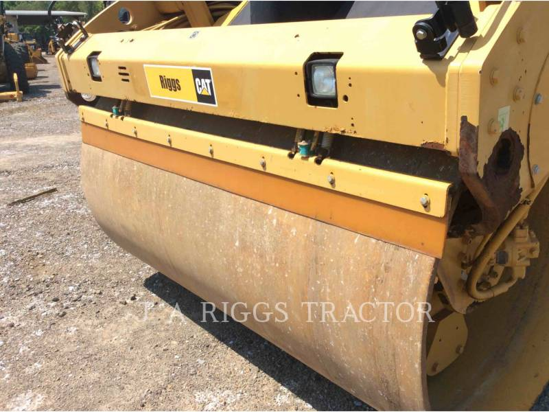 CATERPILLAR COMPATTATORE PER ASFALTO A DOPPIO TAMBURO VIBRANTE CB64 equipment  photo 16