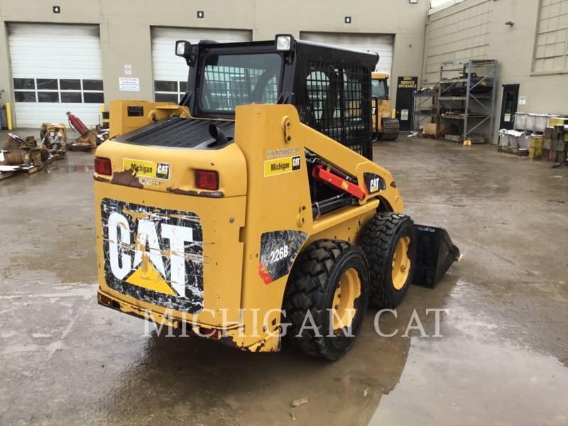 CATERPILLAR SKID STEER LOADERS 226B3 CQ equipment  photo 4