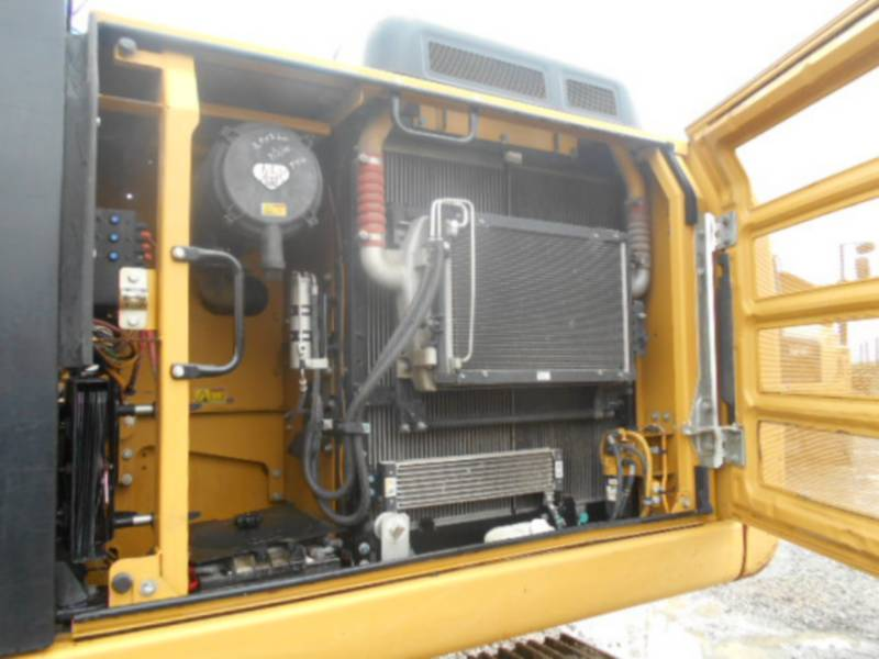 CATERPILLAR トラック油圧ショベル 320EL equipment  photo 12