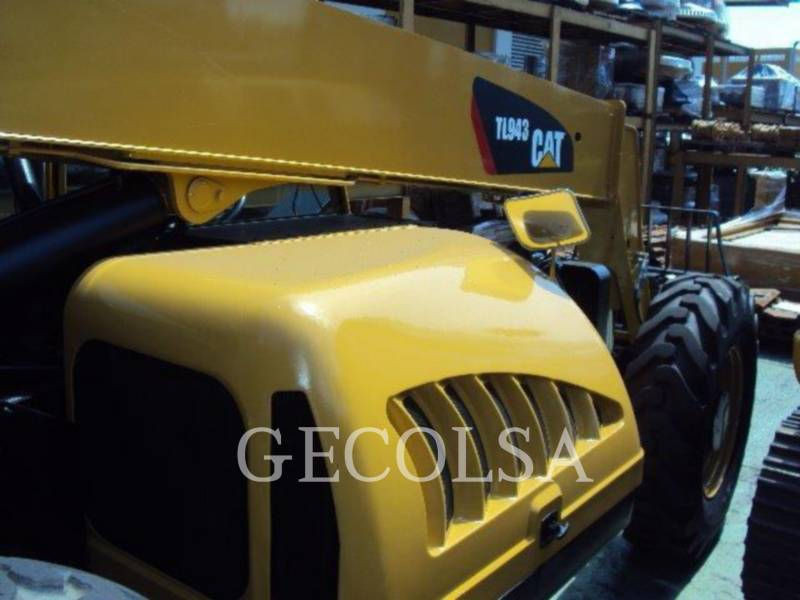 CATERPILLAR TELEHANDLER TL943 equipment  photo 14