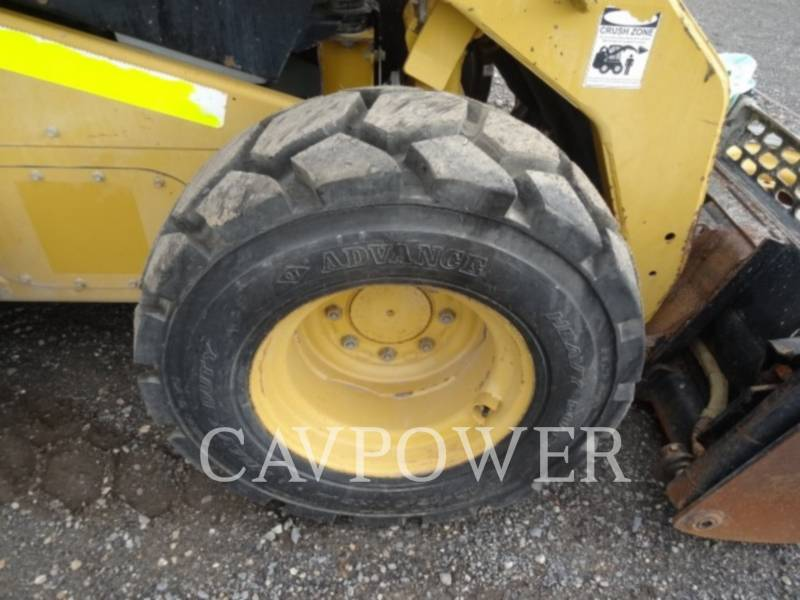 CATERPILLAR SKID STEER LOADERS 246C equipment  photo 18
