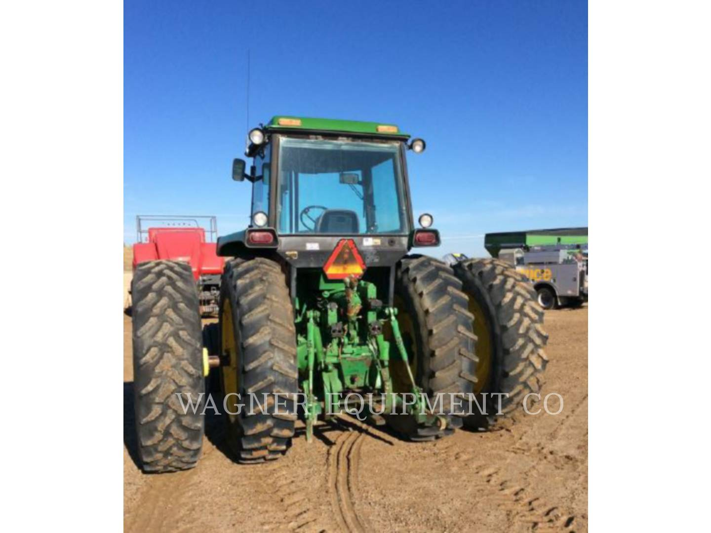 Detail photo of 1984 John Deere 4650 from Construction Equipment Guide