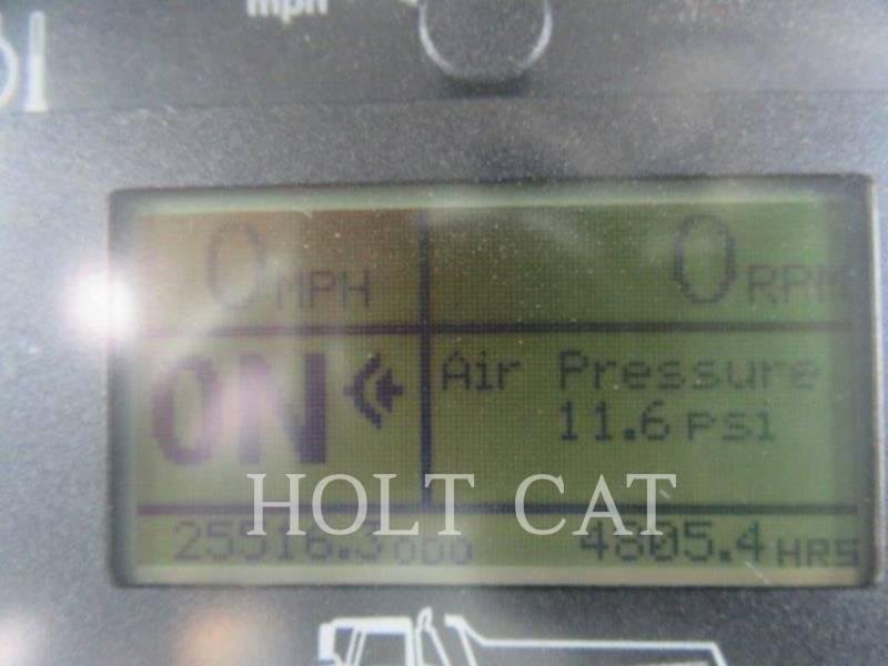 DEERE & CO. DUMPER ARTICOLATI 400D equipment  photo 6