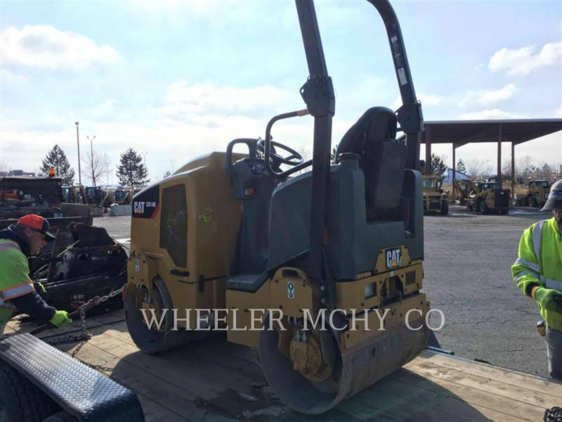 CATERPILLAR VIBRATORY DOUBLE DRUM ASPHALT CB14B equipment  photo 3
