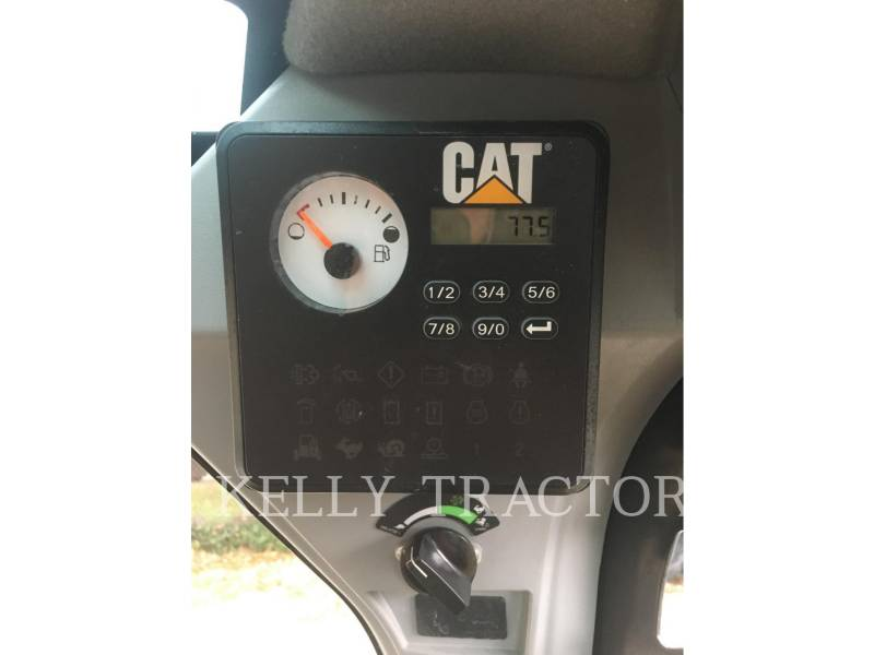 CATERPILLAR MINICARGADORAS 232D equipment  photo 15