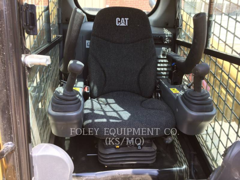 CATERPILLAR SKID STEER LOADERS 246DXPS2CA equipment  photo 5