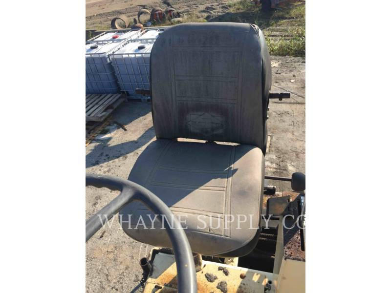 BLAW KNOX / INGERSOLL-RAND ASPHALT PAVERS PF3200 equipment  photo 16