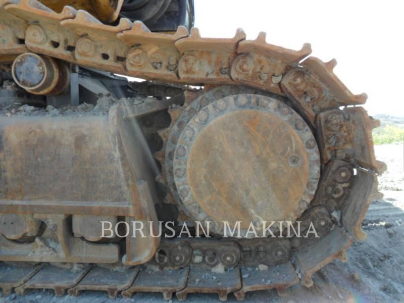 CATERPILLAR TRACK EXCAVATORS 390DL equipment  photo 4
