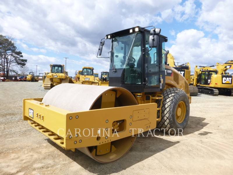 CATERPILLAR ROLETES DO TANDEM VIBRATÓRIO CS66B CB equipment  photo 2