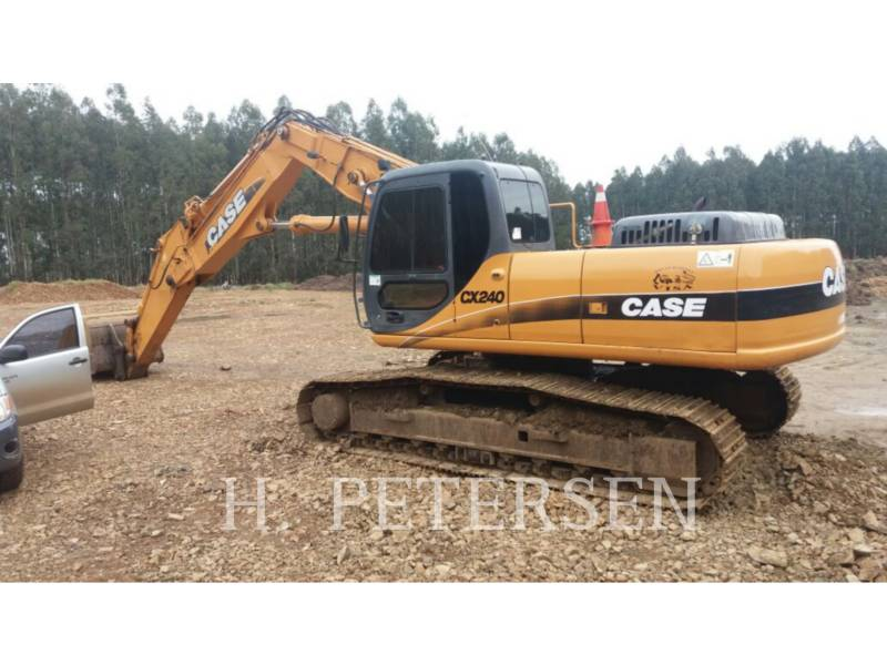 CASE PELLES SUR CHAINES CX 240 LC equipment  photo 2