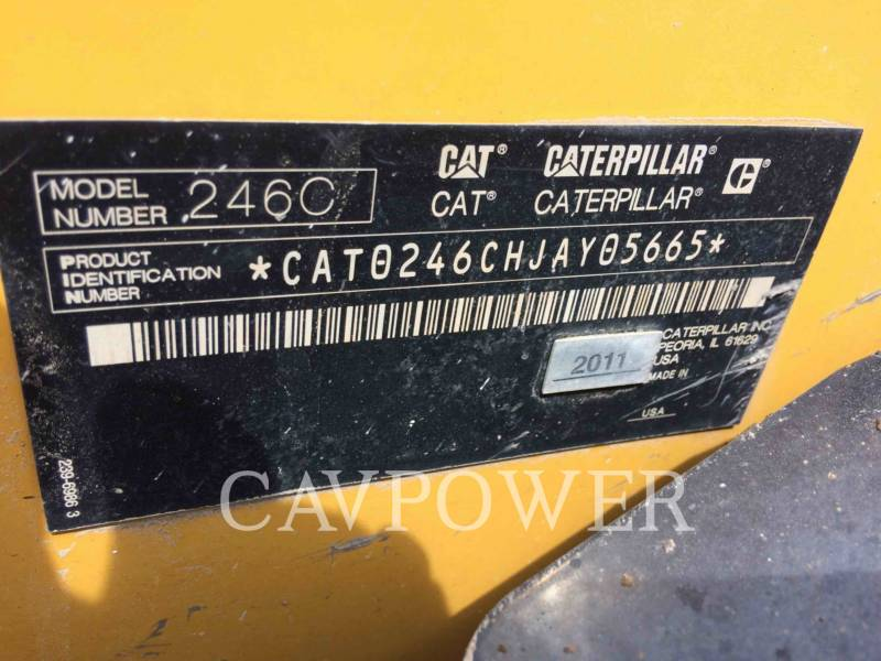 CATERPILLAR KOMPAKTLADER 246C equipment  photo 5