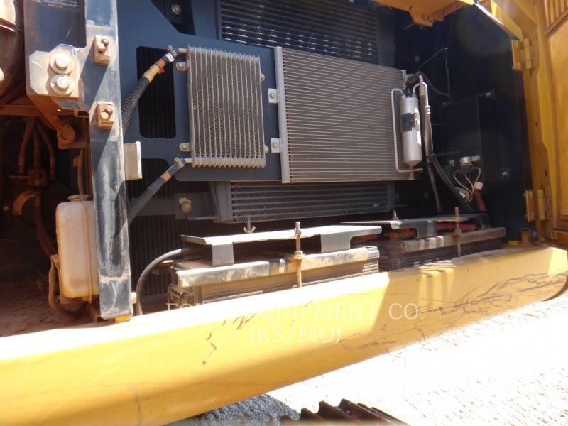 DEERE & CO. KETTEN-HYDRAULIKBAGGER 350D equipment  photo 18