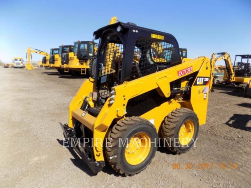 CATERPILLAR CHARGEURS COMPACTS RIGIDES 226D equipment  photo 4