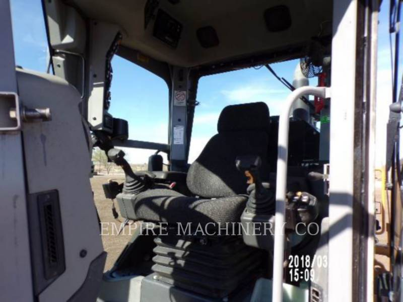 CATERPILLAR RÓWNIARKI SAMOBIEŻNE 140M2 equipment  photo 3