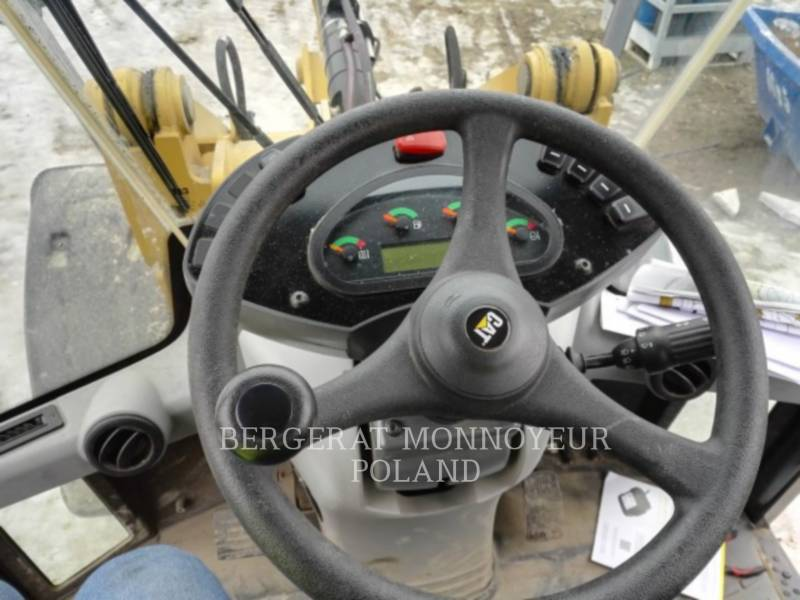 CATERPILLAR CARGADORES DE RUEDAS 906M equipment  photo 14