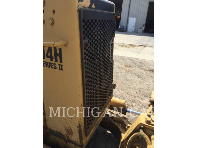 CATERPILLAR TRACK TYPE TRACTORS D4HII equipment  photo 12