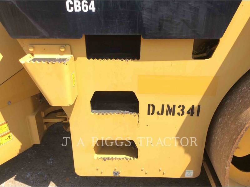CATERPILLAR COMPACTADORES CB64 equipment  photo 10