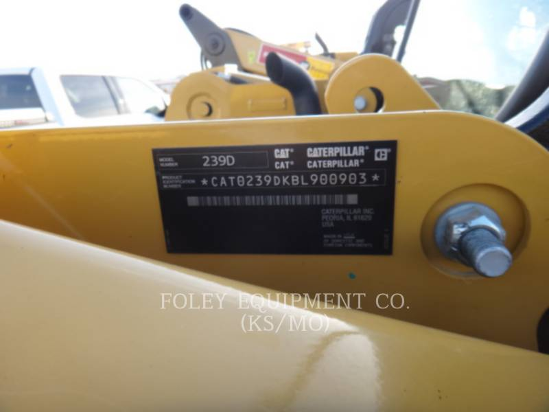 CATERPILLAR CHARGEURS COMPACTS RIGIDES 239DSTD1O equipment  photo 6
