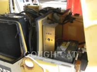 CATERPILLAR VIBRATORY DOUBLE DRUM ASPHALT CB-224D equipment  photo 17