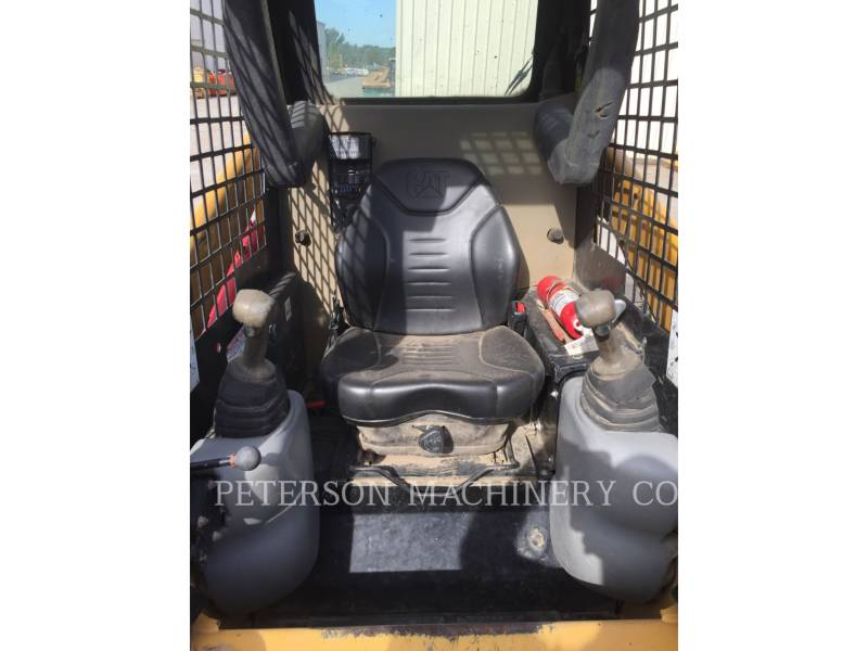 CATERPILLAR SKID STEER LOADERS 247B3 equipment  photo 5