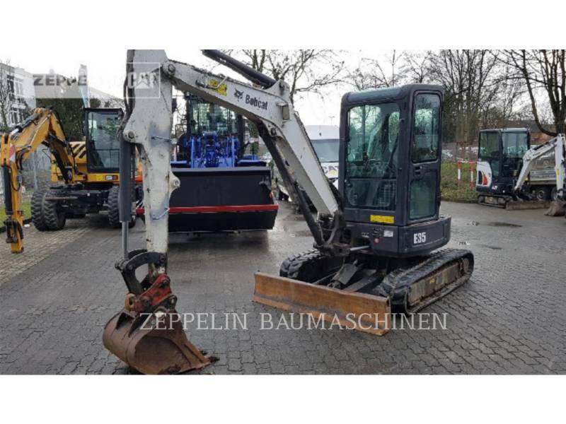 BOBCAT トラック油圧ショベル E35 equipment  photo 1