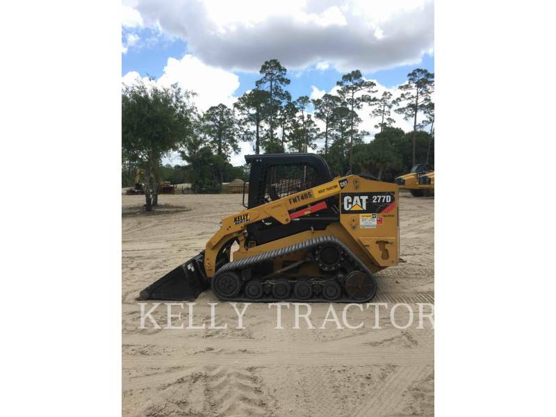 CATERPILLAR CHARGEURS TOUT TERRAIN 277D equipment  photo 8