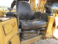 CATERPILLAR KETTENDOZER D6RIII equipment  photo 6