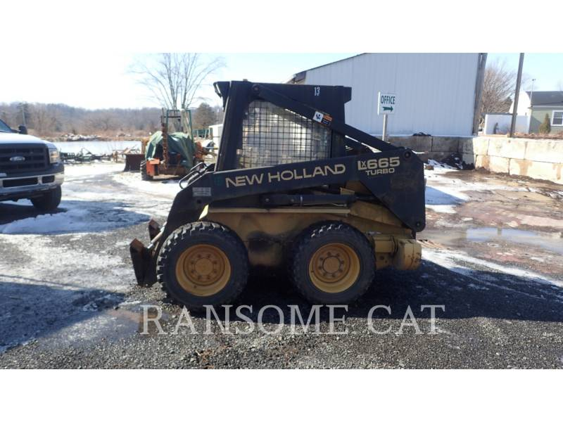 NEW HOLLAND LTD. CHARGEURS COMPACTS RIGIDES LX665 equipment  photo 3
