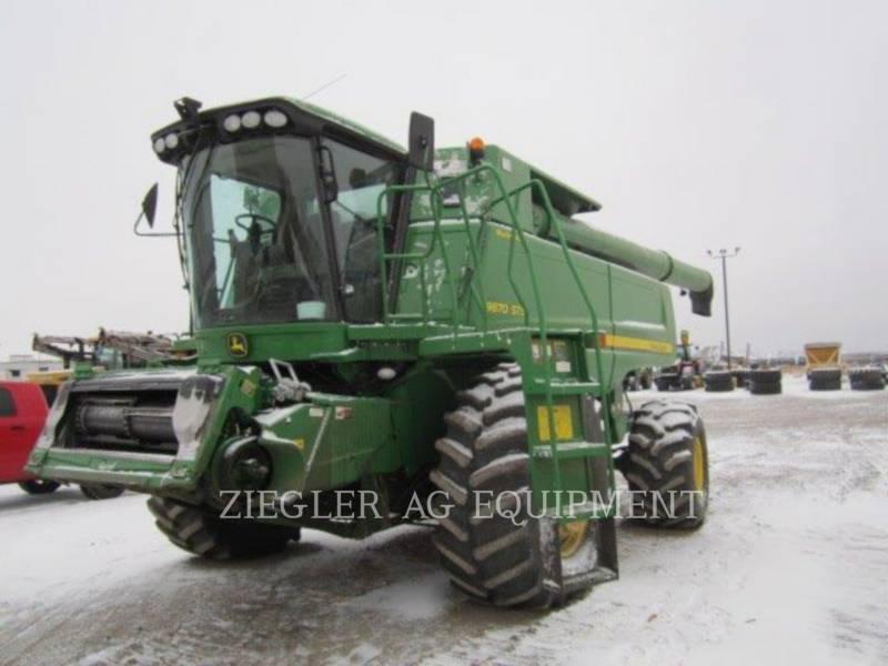 DEERE & CO. COMBINES 9870STS equipment  photo 1