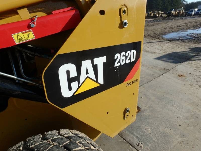 CATERPILLAR SKID STEER LOADERS 262D equipment  photo 16