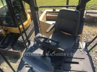 CATERPILLAR VIBRATORY DOUBLE DRUM ASPHALT CB-434D equipment  photo 12
