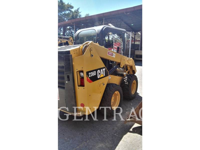CATERPILLAR KOMPAKTLADER 236DLRC equipment  photo 3