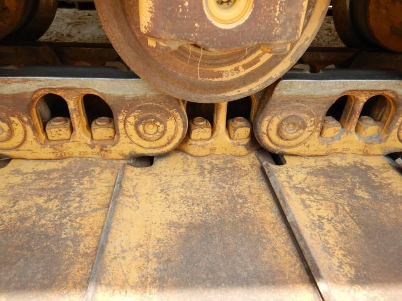 CATERPILLAR TRACK TYPE TRACTORS D 6 N LGP equipment  photo 17