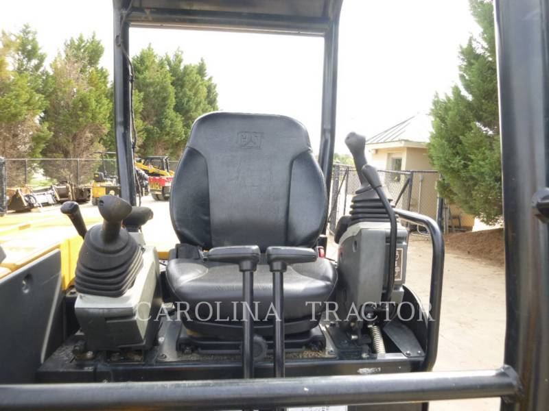 CATERPILLAR TRACK EXCAVATORS 305E2 equipment  photo 6