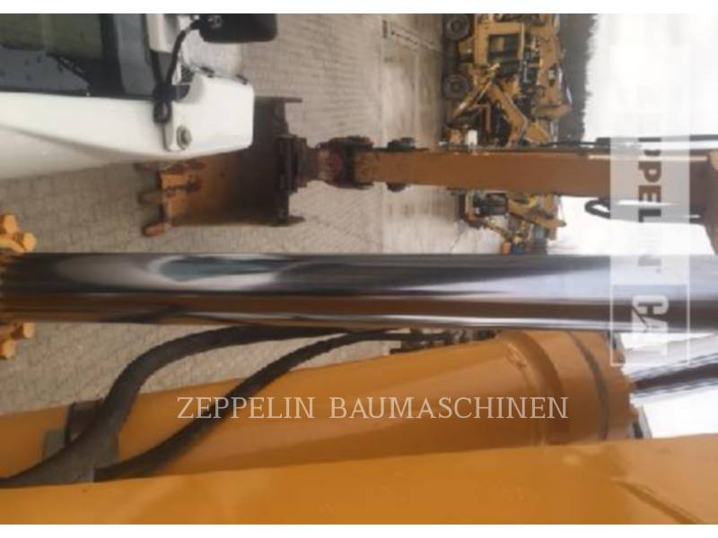 LIEBHERR KETTEN-HYDRAULIKBAGGER R926LI equipment  photo 23