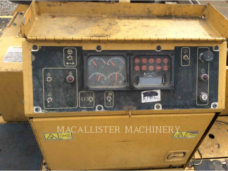 CATERPILLAR FINISSEURS AP1055D equipment  photo 11