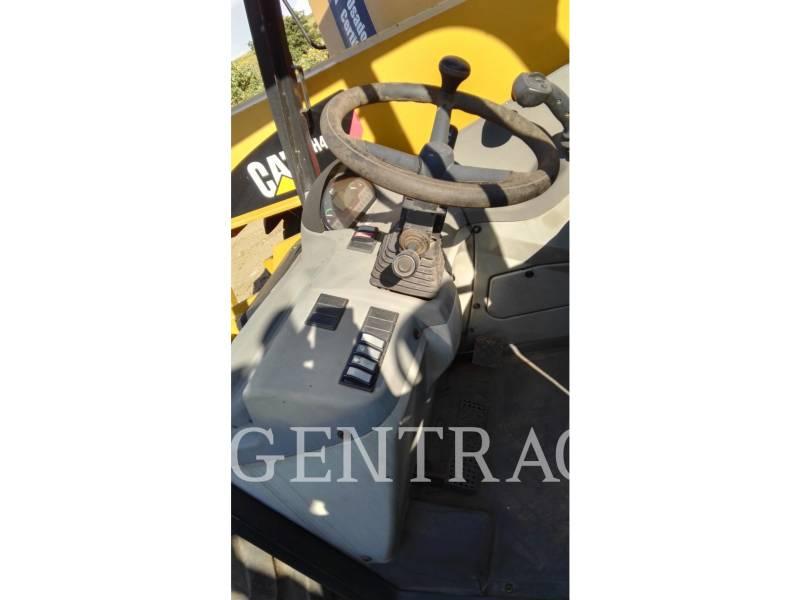 Caterpillar STIVUITOR TELESCOPIC TH406 equipment  photo 15