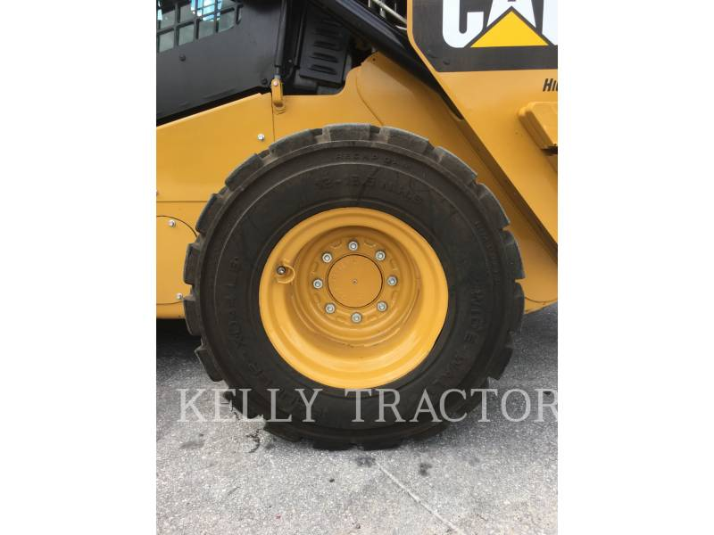 CATERPILLAR MINICARGADORAS 262 D equipment  photo 12