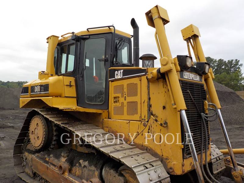 CATERPILLAR TRACK TYPE TRACTORS D6T XL equipment  photo 4