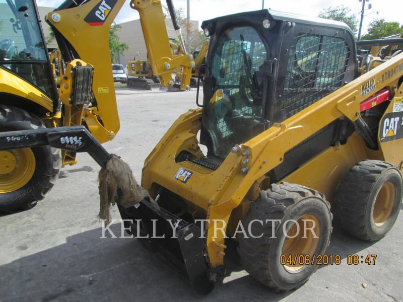 CATERPILLAR SCHRANKLADERS 262D equipment  photo 5