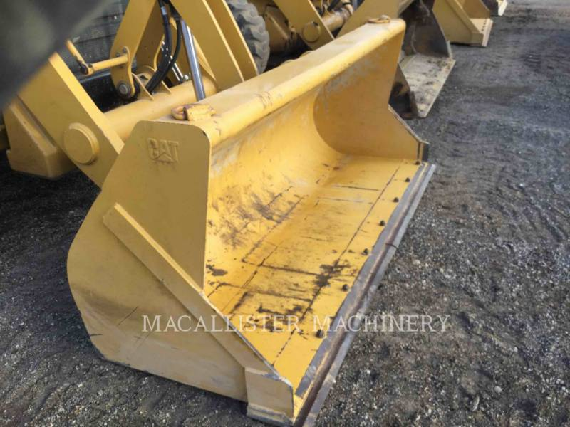 CATERPILLAR 挖掘装载机 420FST equipment  photo 12