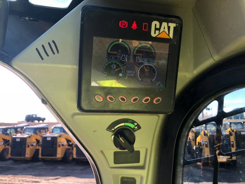 CATERPILLAR CHARGEURS TOUT TERRAIN 289D equipment  photo 22