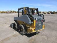 JOHN DEERE CHARGEURS COMPACTS RIGIDES 318E equipment  photo 5