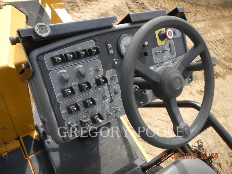 CATERPILLAR SCHWARZDECKENFERTIGER AP1055E equipment  photo 19