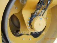 CATERPILLAR VIBRATORY DOUBLE DRUM ASPHALT CB54B equipment  photo 12