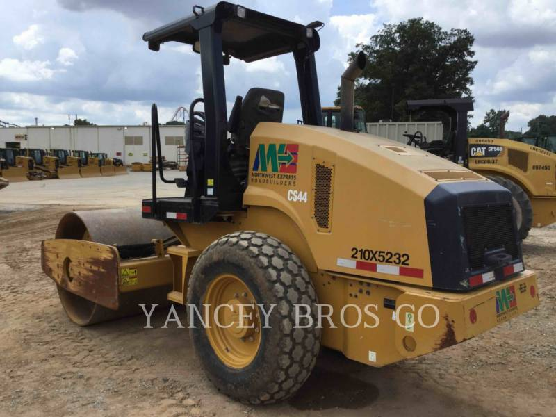 CATERPILLAR COMPATTATORE A SINGOLO TAMBURO VIBRANTE LISCIO CS44 equipment  photo 2