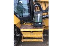CATERPILLAR CHARGEUSES-PELLETEUSES 450E equipment  photo 5