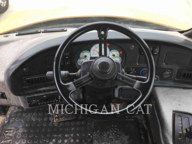 CATERPILLAR CAMIONES ARTICULADOS 740 T equipment  photo 6